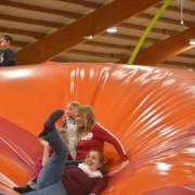 Trampolino Indoorspielplatz für Kinder ab 2 Jahren
