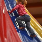 Trampolino überdachter Spielplatz Schweiz Dietikon für Kinder ab 2 Jahren