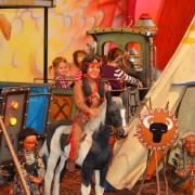 Trampolino Kinderwelt in Dietikon mit Tischkicker, Airhockey, Ballpool, Western-Eisenbahn