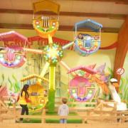 Trampolino Kinderspielplatz in Dietikon in der Schweiz großes Klettergerüst