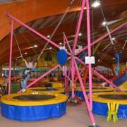 Trampolino Indoorspielplatz in Dietikon in der Schweiz mit Trampolin