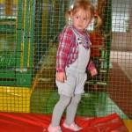 Trampolino überdachte Spielhalle Kindergeburtstagsparty feiern bei Zürich