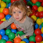 Trampolino Indoor Spielhalle in Zürich Spieleparadies für Kleinkinder