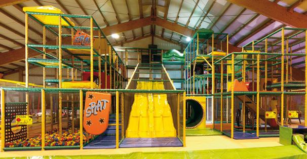 Trampolino Schweiz - Indoorspielplatz - Klettergerüst